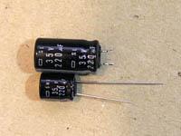 35V220μF