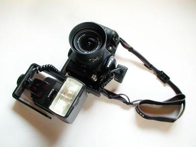 ブラケット付きカメラ。